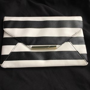 Pebbled texture Black & White envelope clutch